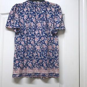 Lucky Brand Tops - Lucky brand blue floral shirt sleeves top